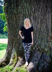 tree_svart_tajts